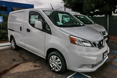 New 2017 Nissan NV200 SV