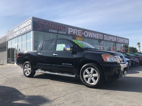 Pre-Owned 2014 Nissan Titan