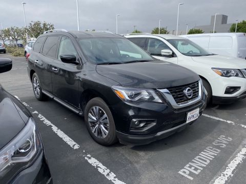 Certified Pre-Owned 2019 Nissan Pathfinder