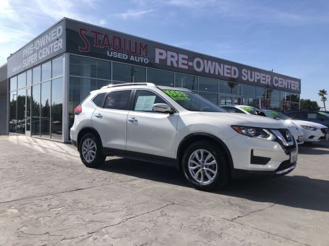Certified Pre-Owned 2017 Nissan Rogue