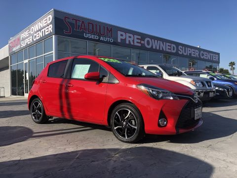 Pre-Owned 2015 Toyota Yaris SE